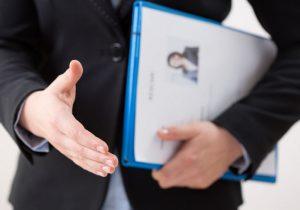 رزومه استخدامی با عکس باشد یا بدون عکس
